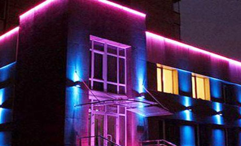 نورپردازی نمای ساختمان های مسکونی