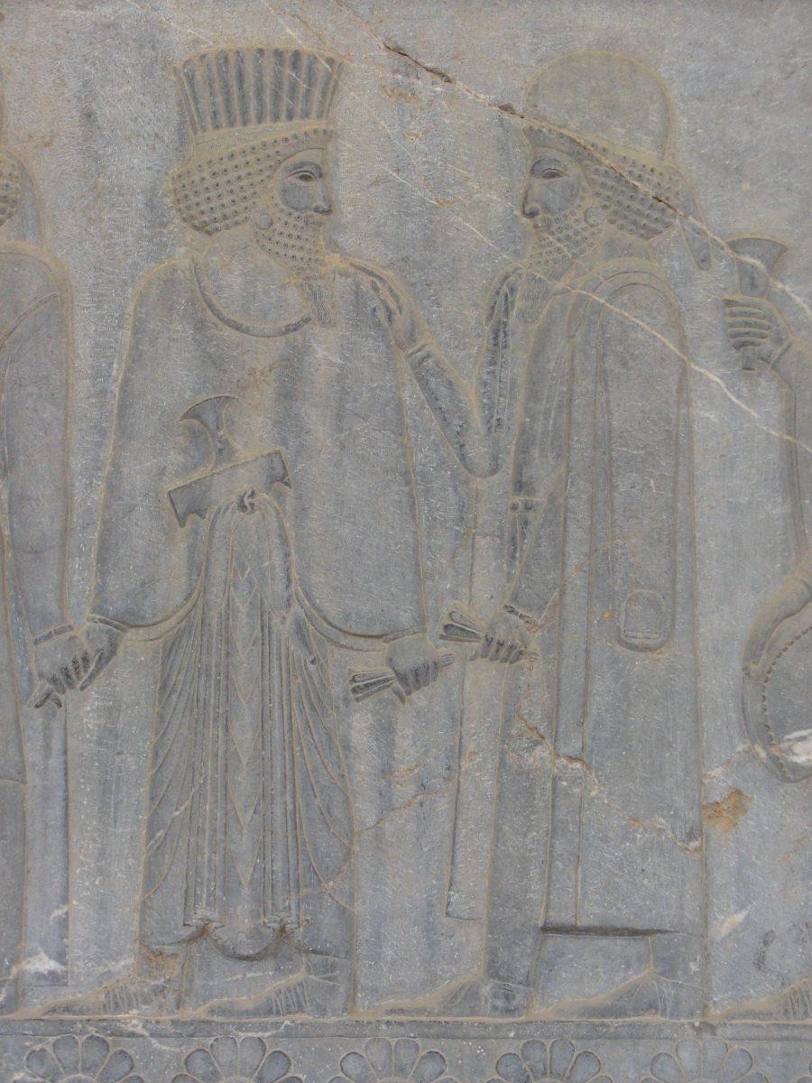 تصویر از نقش مهمانان پادشاه - حضور راهنمایان